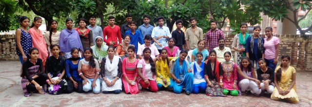 Joyous day - Old students of JMC get together